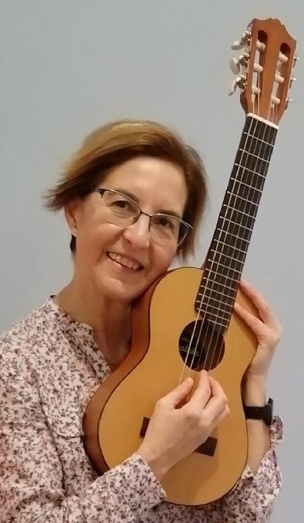 Olga-guitalele-.jpg