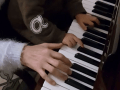 manos piano1